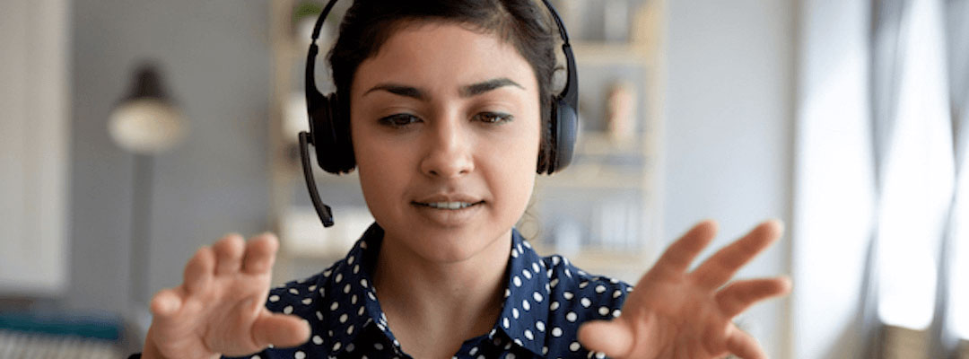 header-services-SalesEnablement-womanwithheadset